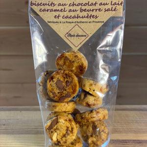 Photo des biscuits au chocolat au lait, caramel au beurre salé et cacahuètes de Marie Douceurs
